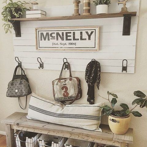 How to Organize Your Entryway and Make It Look Great  Organize Your Entryway, How to Organize Your Entryway, Organization, Organization Hacks, Home Organization, Popular Pin, Entryway Organization #Organization #EntrywayOrganization
