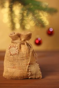 Burlap Sack Christmas Gift Ideas | Christmas Gift Ideas | Burlap Sack Christmas Gifts | Burlap Sack | Burlap Gifts | Burlap