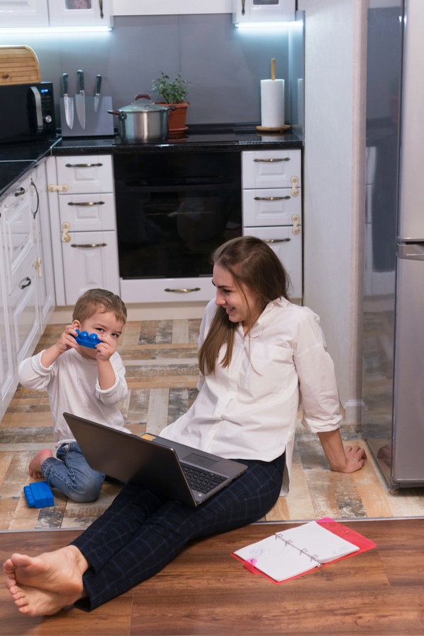 As a work from home parent, I know the challenges we face. Today I'm sharing the best work from home parenting tips I've found, to hopefully make it easier for all of us. I promise these tips will help you out!