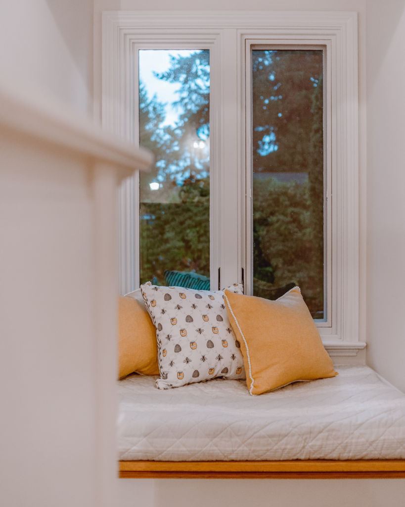 Building a DIY window seat for your home